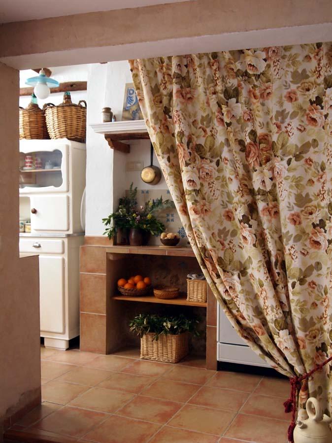 Cocina y ba os casa rural el velador for Cocinas y banos casa viva
